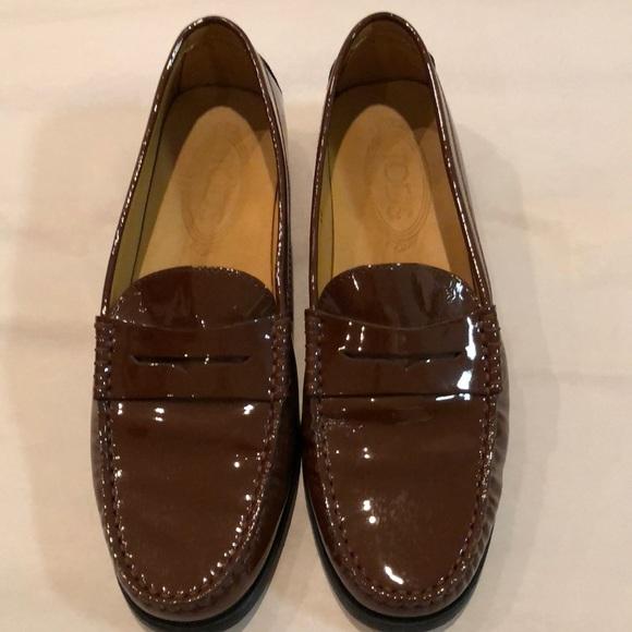 274fdfb7a6d Genuine Tod s Gommino patent loafers. M 5a6e655e72ea884bbcff9e96